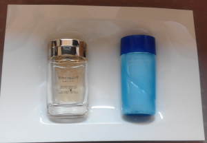 Samples container